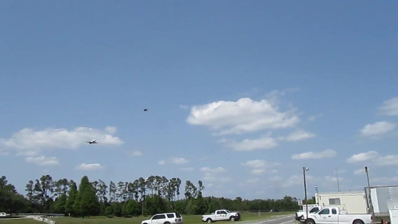 UFO SIGHTING  (ORIGINAL FOOTAGE) 10 JUNE 2011   ORLANDO INTERNATIONAL AIRPORT 051