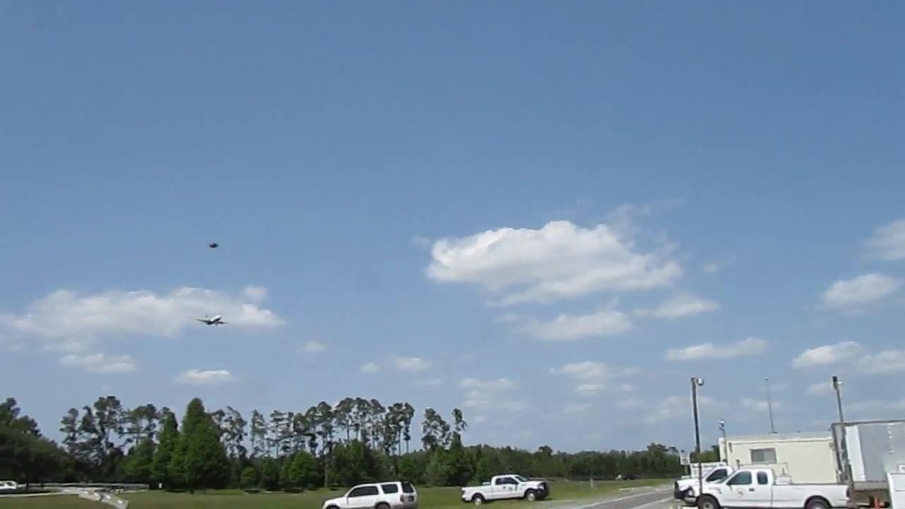 UFO SIGHTING  (ORIGINAL FOOTAGE) 10 JUNE 2011   ORLANDO INTERNATIONAL AIRPORT 052