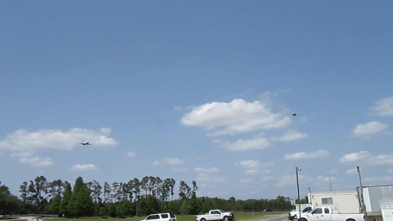 UFO SIGHTING  (ORIGINAL FOOTAGE) 10 JUNE 2011   ORLANDO INTERNATIONAL AIRPORT 048