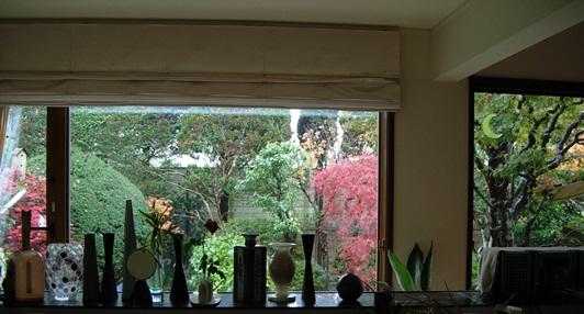 窓キッチンから