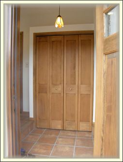 玄関ドア開ける