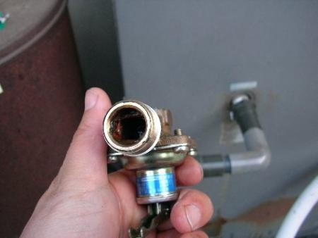 真空管太陽熱温水器のテスト配管と給湯