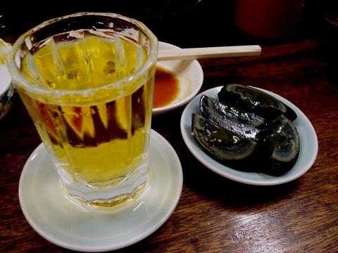 6豚の味珍(やかん・ピータン)