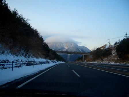 高速から由布岳CIMG0002