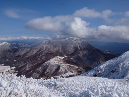 中岳山頂から大船山P1032738
