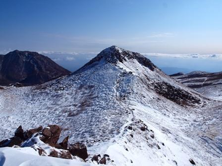 天狗ケ城山頂から中岳P1182960