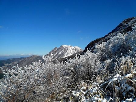 3.登山道から三俣山