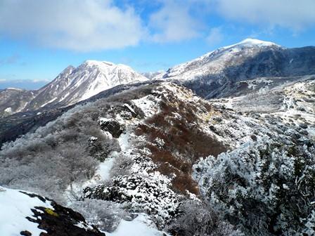 8.沓掛山から見える登山道