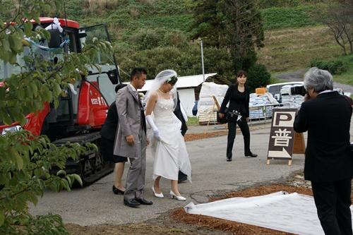 2011.10.22 農場での結婚式② 013