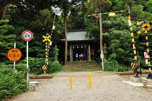 踏切のある日吉神社