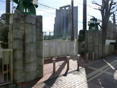 横浜碑もとく 31