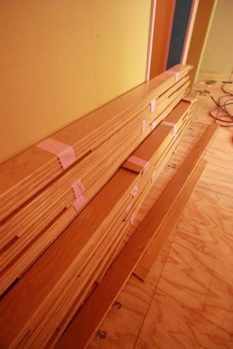 床貼り02