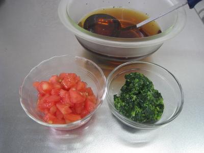 トマトとモロヘイヤのスープ②