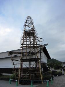 2013.08.30.朝 JR角館駅前の置山