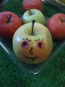3おもしろリンゴ①