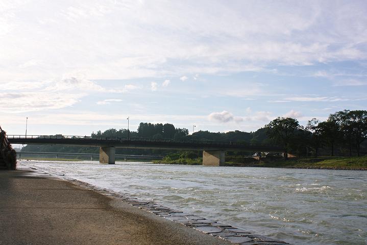 大橋 下流より