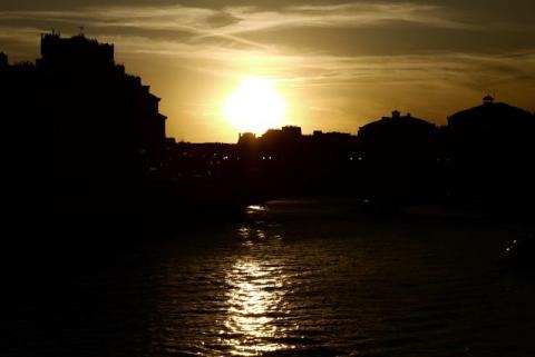 le coucher du soleil sur la Seine