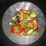 皮の燻製サラダ