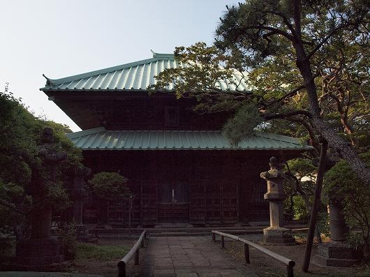 英勝寺仏殿1-20130608