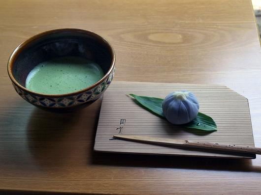 東慶寺のお茶20130608