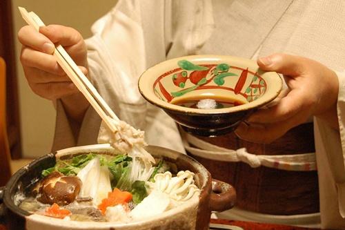 ポン酢と鍋料理 食べてる のコピー