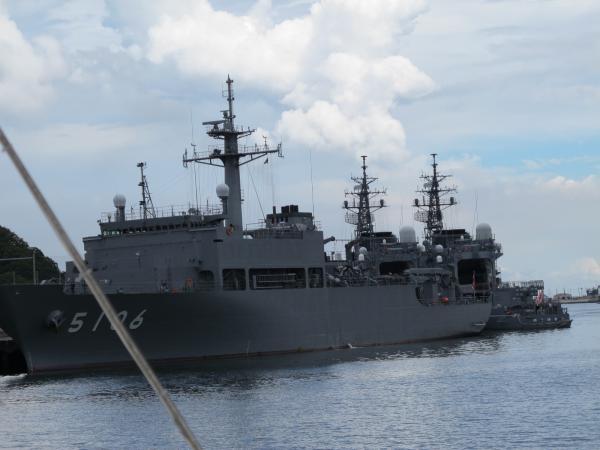 海洋観測船しょうなん 護衛艦さわゆき,やまゆき