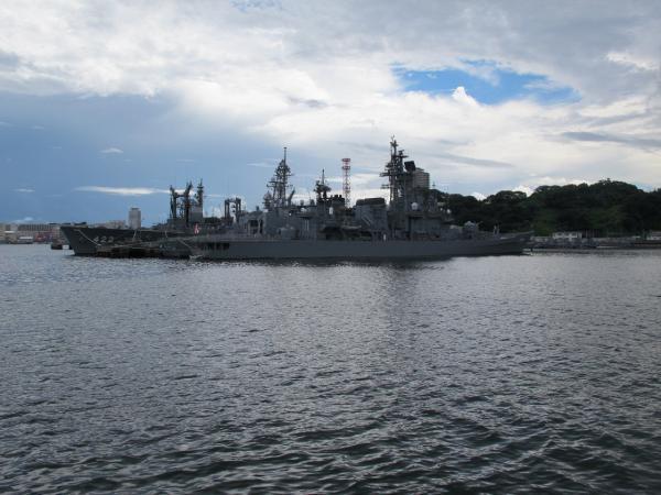 171護衛艦はたかぜ 422補給艦とわだ