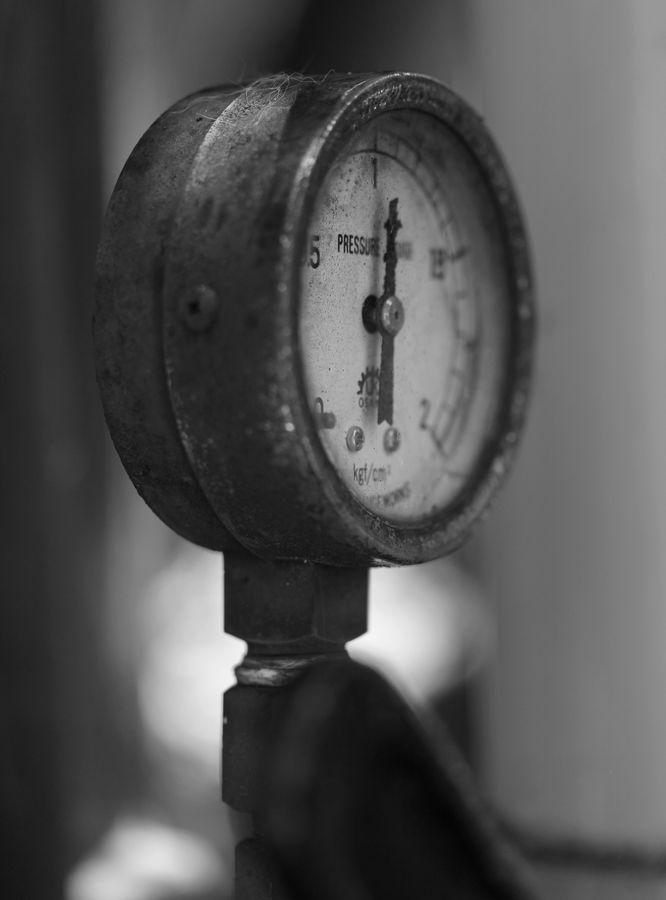 ●S圧力計2013・6・24実家_24白黒