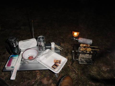 キャンプでのディナー