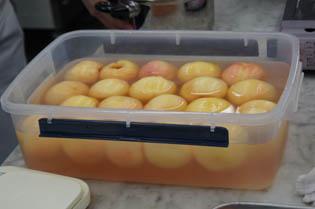 桃いっぱい