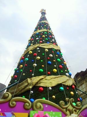 クリスマス・ツリー_R