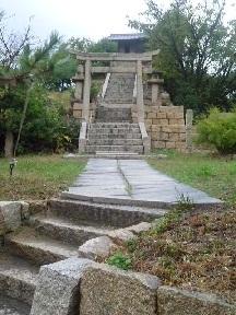 山の神神社です