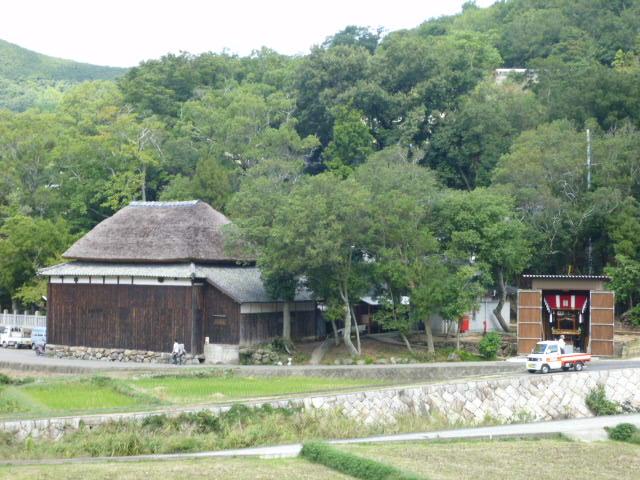 ここで農村歌舞伎が行われます