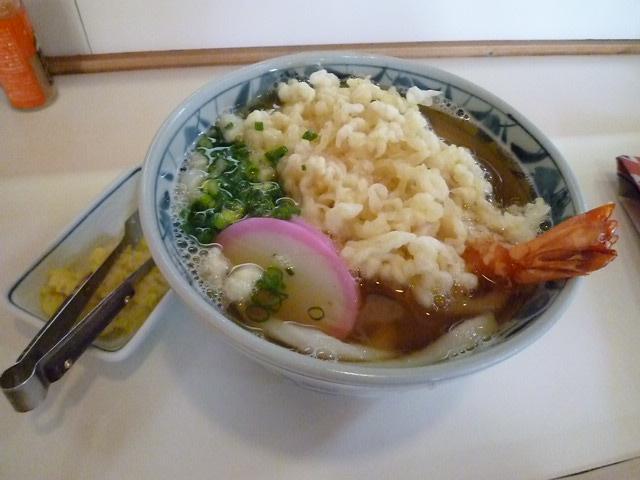 天ぷらうどんです