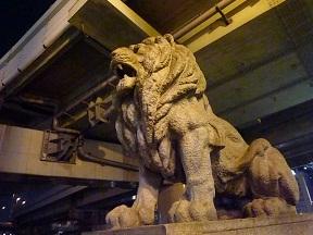 北浜といえばライオンですね