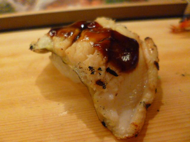 関西ではちらし寿司でも巻寿司でも焼きアナゴと決まってます