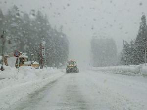 国道156号線 除雪で広く走行しやすく