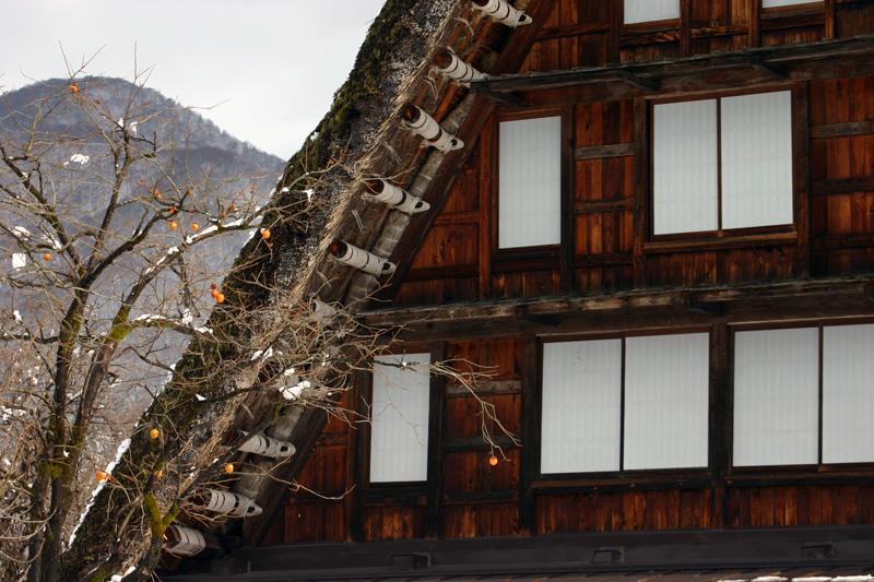 世界文化遺産の白川郷合掌造り集落は真っ白に雪化粧 ④