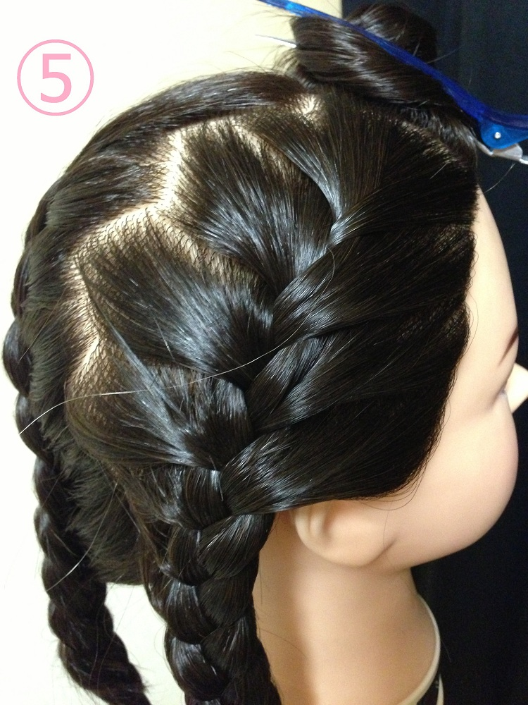 編み込みサイドまとめ髪