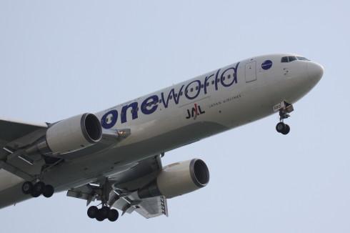JAL B767-3463.jpg