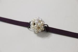 6月:真珠でアジサイの帯留め
