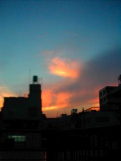 暑い夕焼け