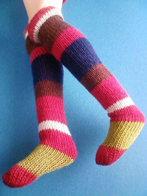 border_socks_b.jpg