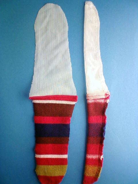 border_socks_d.jpg