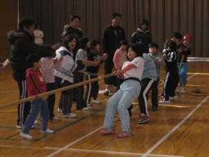 綱引き大会1