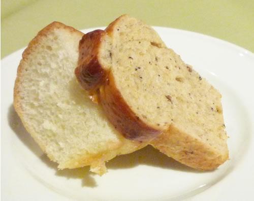 イタリアンダイニング茜(akane)パン