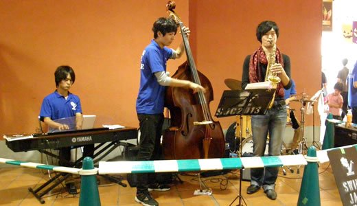 SWING JAZZ CRUISE in 神戸2013(3)-1
