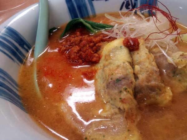 地養豚の坦々麺