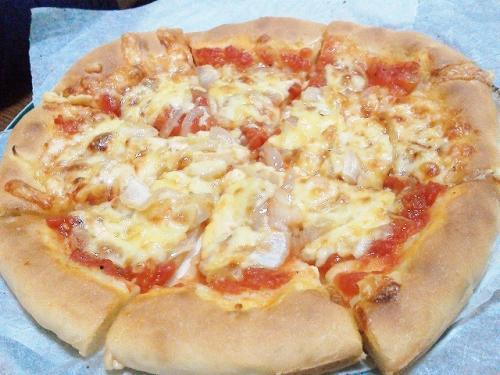 手作りのピザ