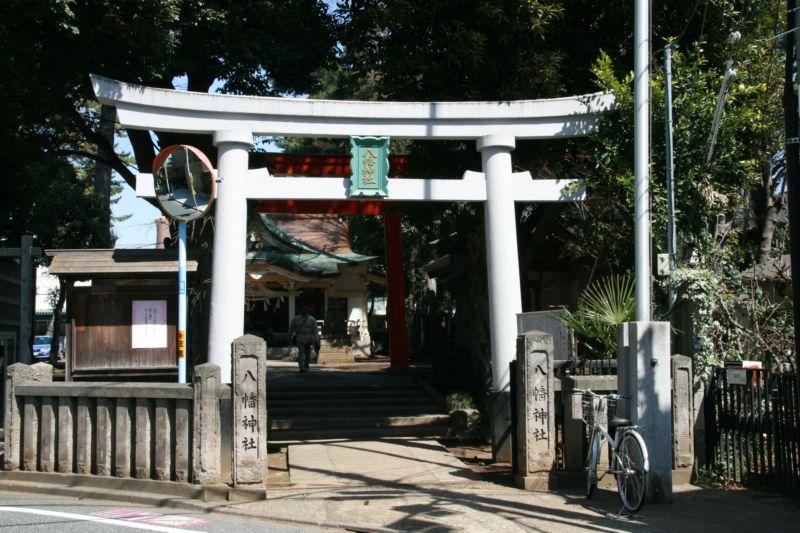 杜を訪ねて 天沼八幡神社(杉並区...